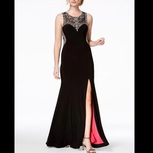 Betsy&Adam Black Prom Dress